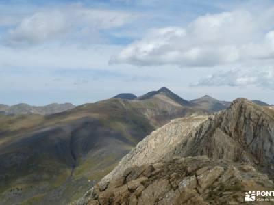Andorra-País de los Pirineos; rutas por la pedriza monasterio de piedra fotos senderismo en guadalaj